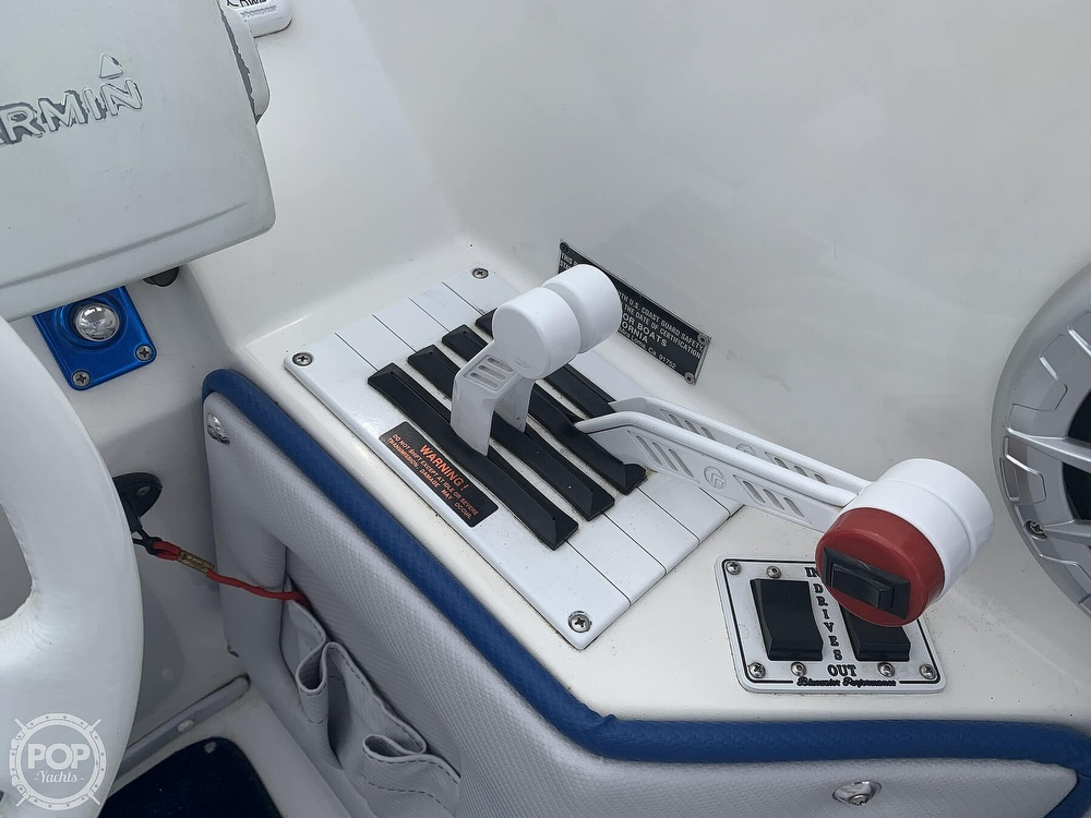 2003 Eliminator boat for sale, model of the boat is Daytona 30 & Image # 35 of 40
