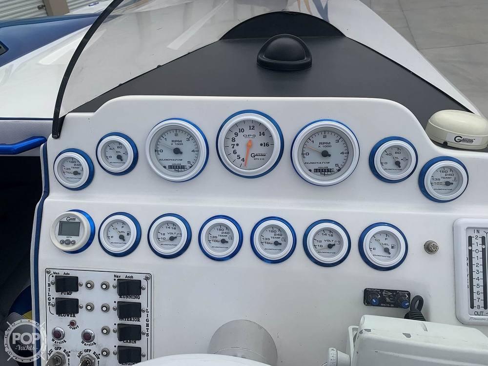 2003 Eliminator boat for sale, model of the boat is Daytona 30 & Image # 37 of 40