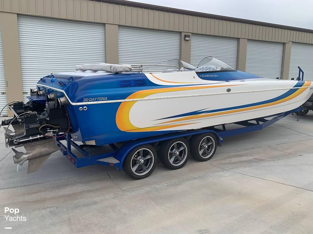 2003 Eliminator boat for sale, model of the boat is Daytona 30 & Image # 3 of 40