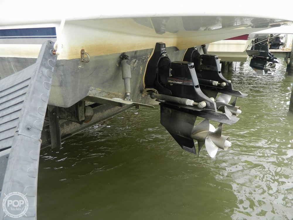 2007 Rinker boat for sale, model of the boat is 350 EC & Image # 31 of 40