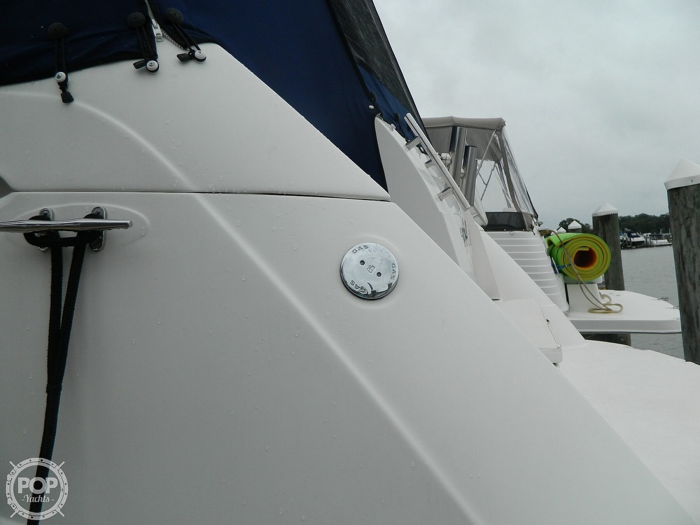 2007 Rinker boat for sale, model of the boat is 350 EC & Image # 34 of 40