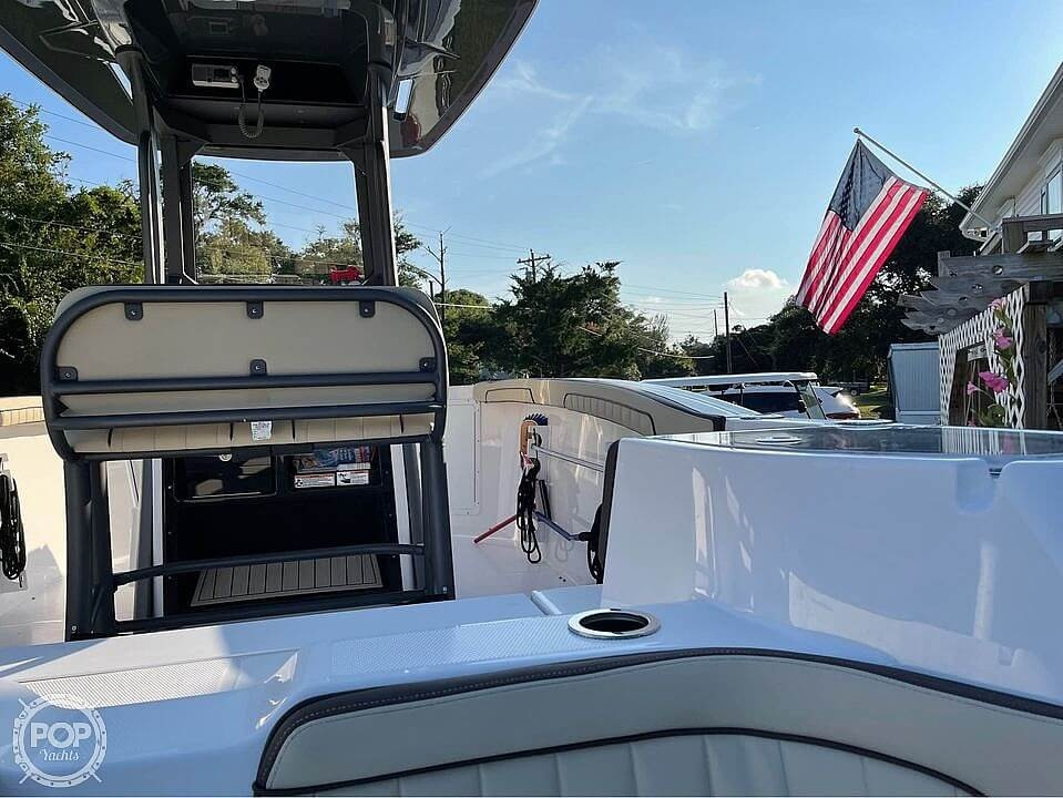 2021 Yamaha boat for sale, model of the boat is 252 FSH & Image # 3 of 40