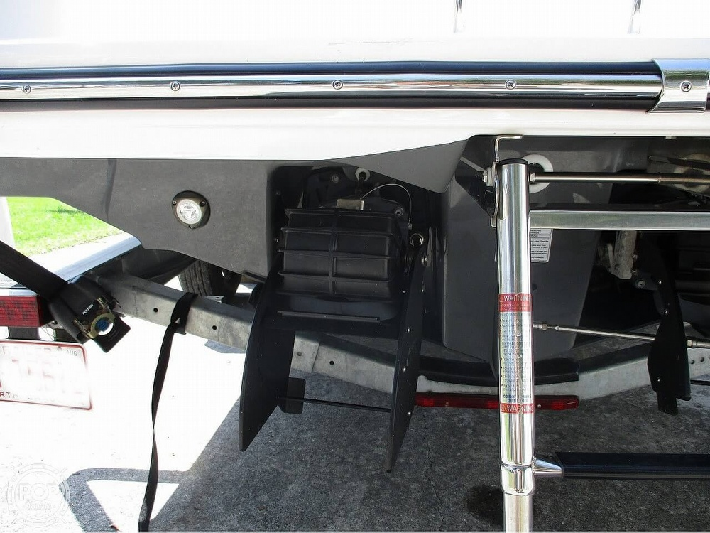 2021 Yamaha boat for sale, model of the boat is 252 FSH & Image # 11 of 40