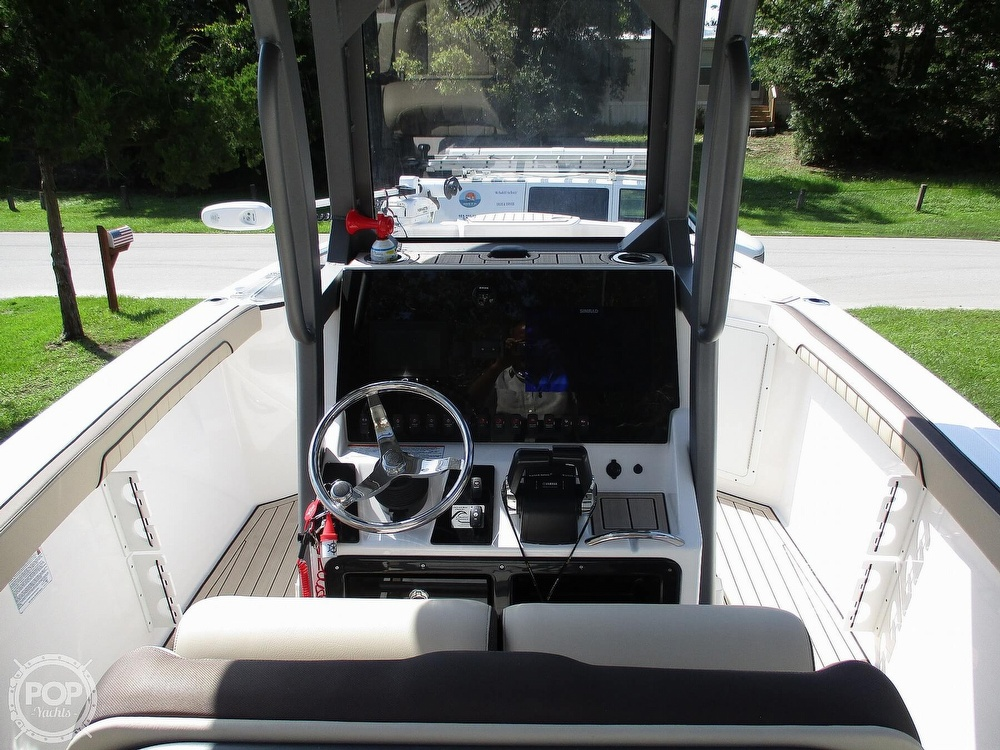 2021 Yamaha boat for sale, model of the boat is 252 FSH & Image # 24 of 40