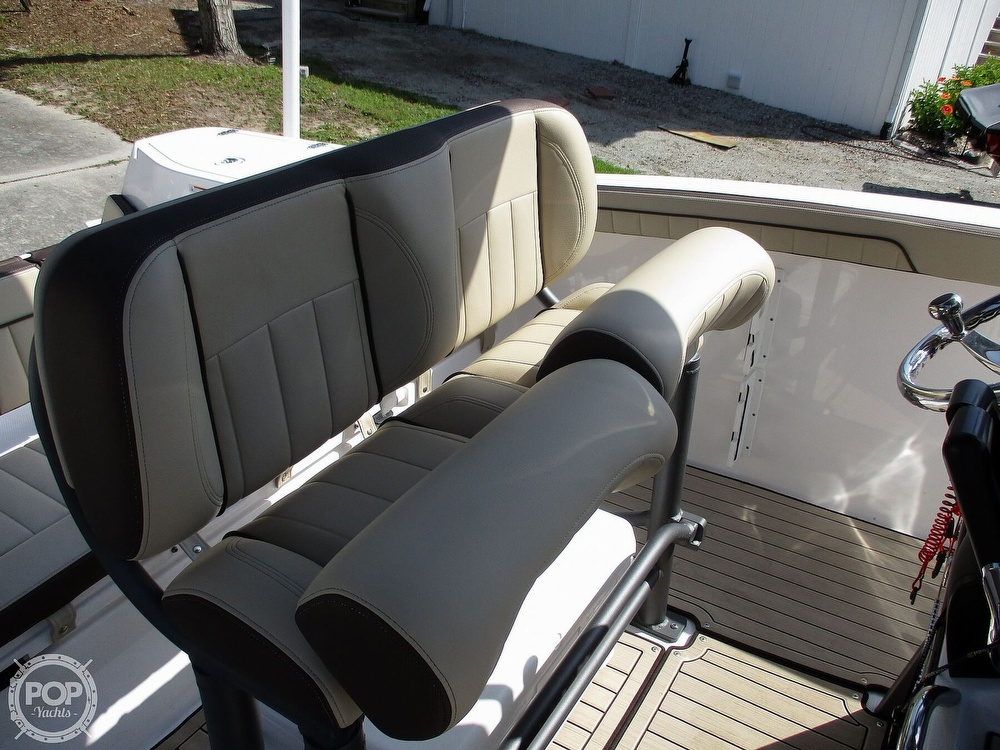 2021 Yamaha boat for sale, model of the boat is 252 FSH & Image # 27 of 40