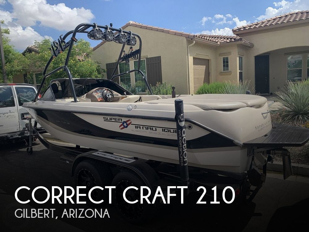 2002 Correct Craft boat for sale, model of the boat is Super Air Nautique 210 Team Edition & Image # 1 of 40
