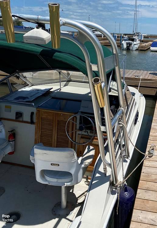 1986 Boston Whaler boat for sale, model of the boat is Revenge WT 22 & Image # 8 of 24
