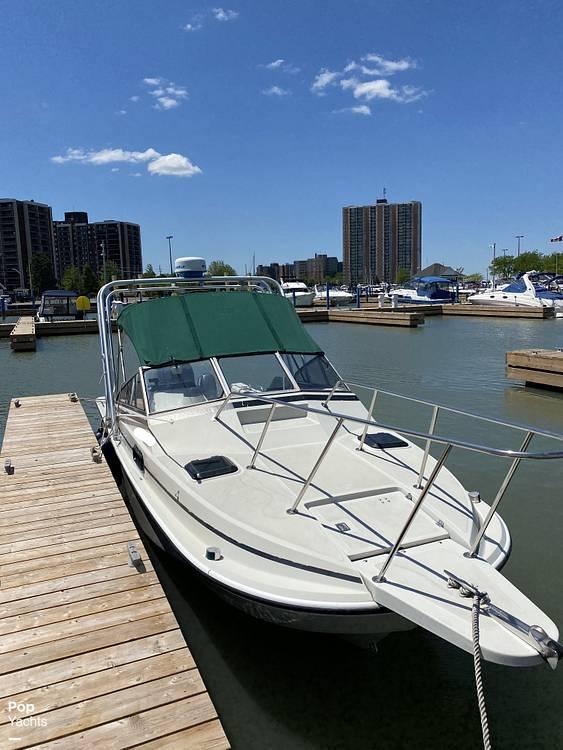 1986 Boston Whaler boat for sale, model of the boat is Revenge WT 22 & Image # 6 of 24
