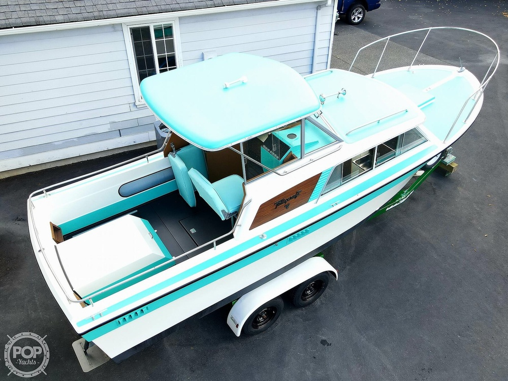 1971 Tollycraft boat for sale, model of the boat is Royal Express & Image # 3 of 40