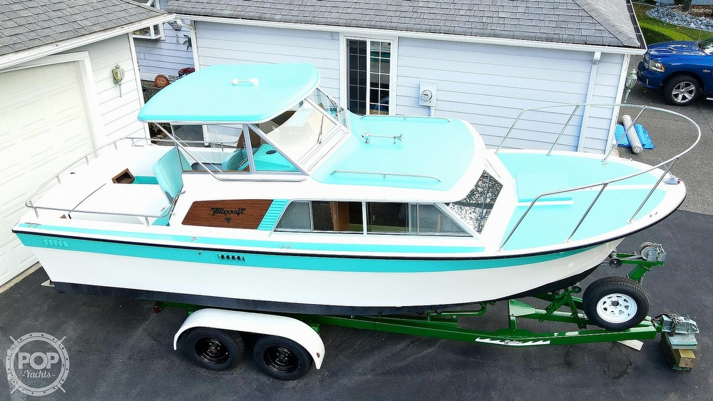 1971 Tollycraft boat for sale, model of the boat is Royal Express & Image # 9 of 40