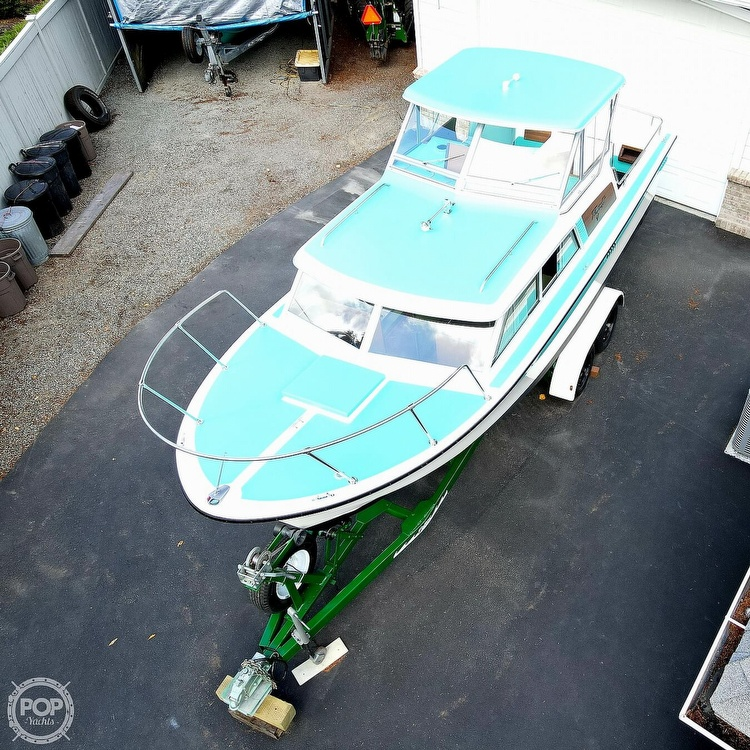 1971 Tollycraft boat for sale, model of the boat is Royal Express & Image # 17 of 40