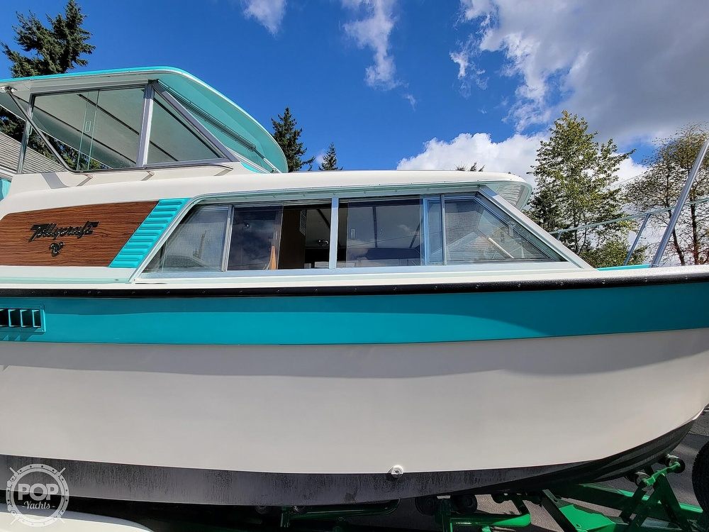 1971 Tollycraft boat for sale, model of the boat is Royal Express & Image # 22 of 40