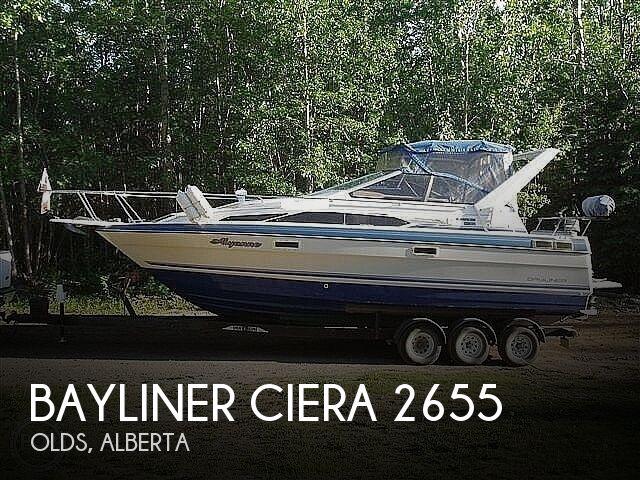 1988 Bayliner boat for sale, model of the boat is Ciera 2655 & Image # 1 of 26
