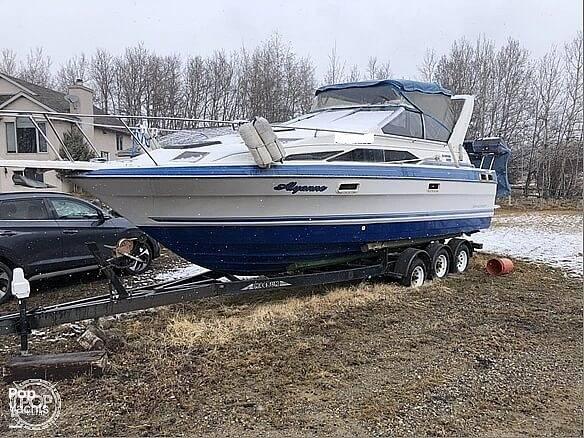 1988 Bayliner boat for sale, model of the boat is Ciera 2655 & Image # 2 of 26