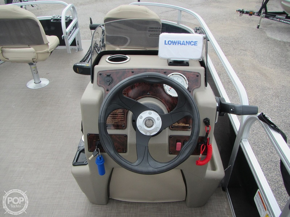 2021 Sun Tracker boat for sale, model of the boat is 16 XL Bass Buggy & Image # 7 of 40