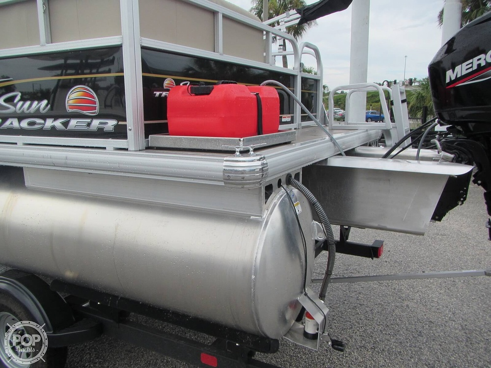 2021 Sun Tracker boat for sale, model of the boat is 16 XL Bass Buggy & Image # 27 of 40
