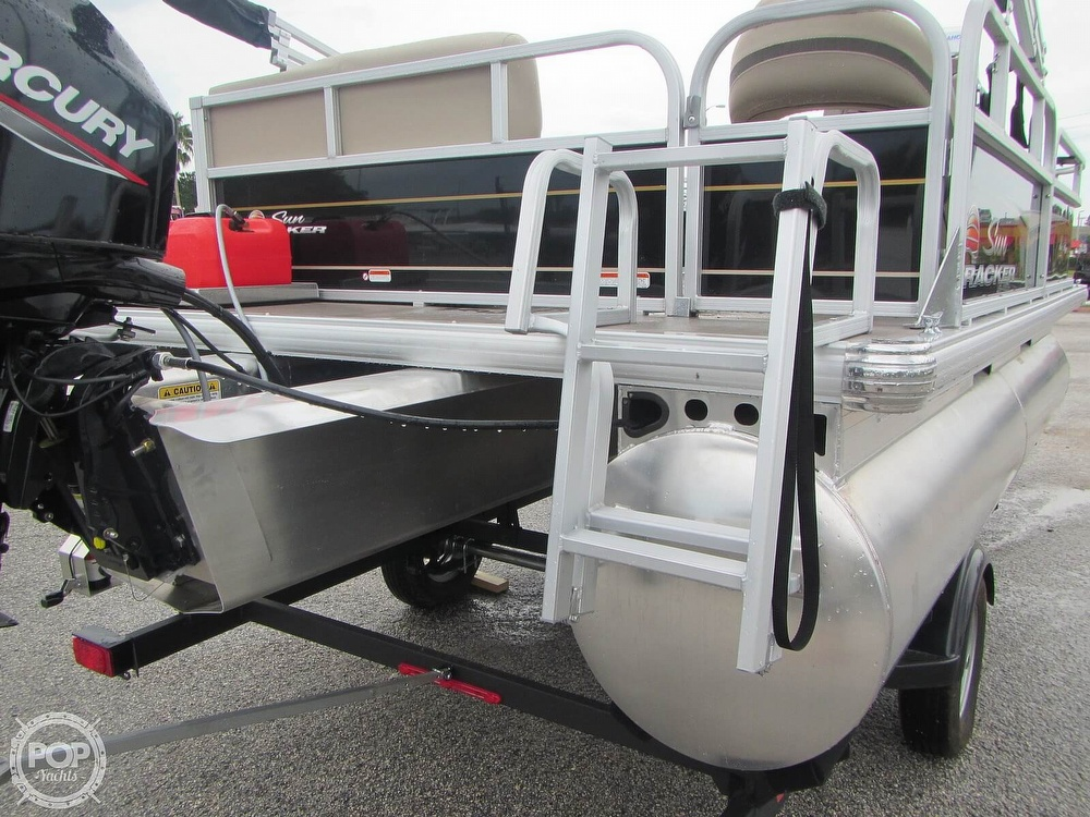 2021 Sun Tracker boat for sale, model of the boat is 16 XL Bass Buggy & Image # 37 of 40