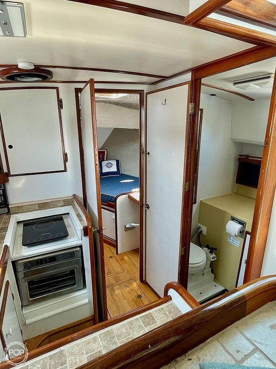 1977 Mainship boat for sale, model of the boat is 34 Trawler & Image # 18 of 40