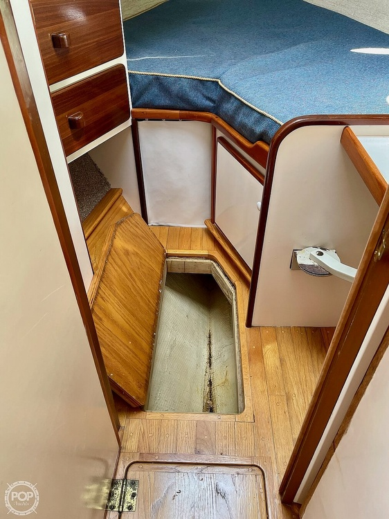 1977 Mainship boat for sale, model of the boat is 34 Trawler & Image # 22 of 40