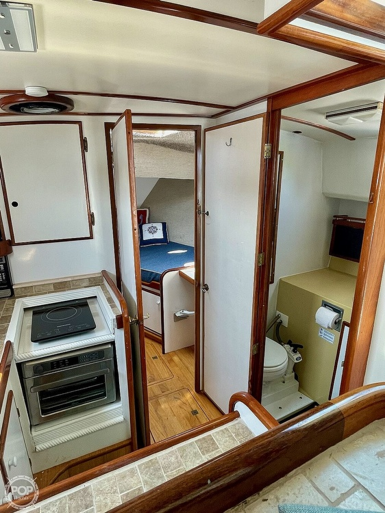 1977 Mainship boat for sale, model of the boat is 34 Trawler & Image # 39 of 40