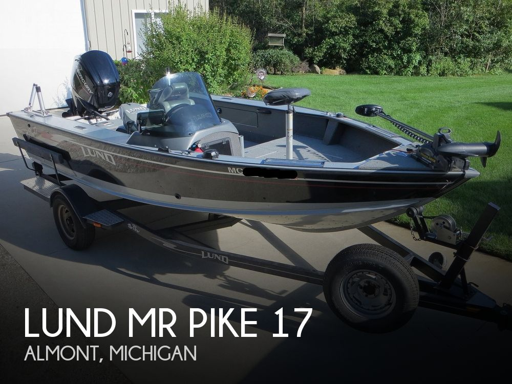 2003 Lund boat for sale, model of the boat is Mr Pike 17 & Image # 1 of 40