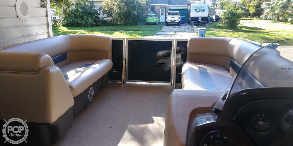 2021 Princecraft boat for sale, model of the boat is Vectra 21 & Image # 5 of 40
