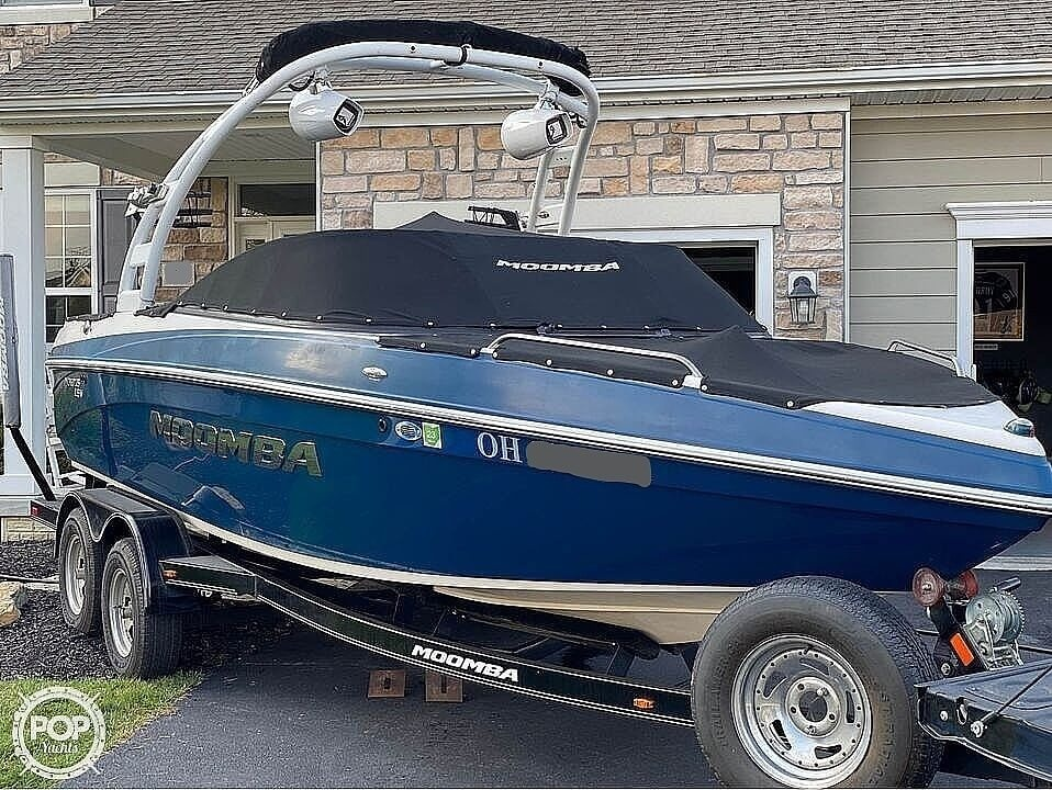 2014 Moomba boat for sale, model of the boat is Mobius LSV & Image # 2 of 40