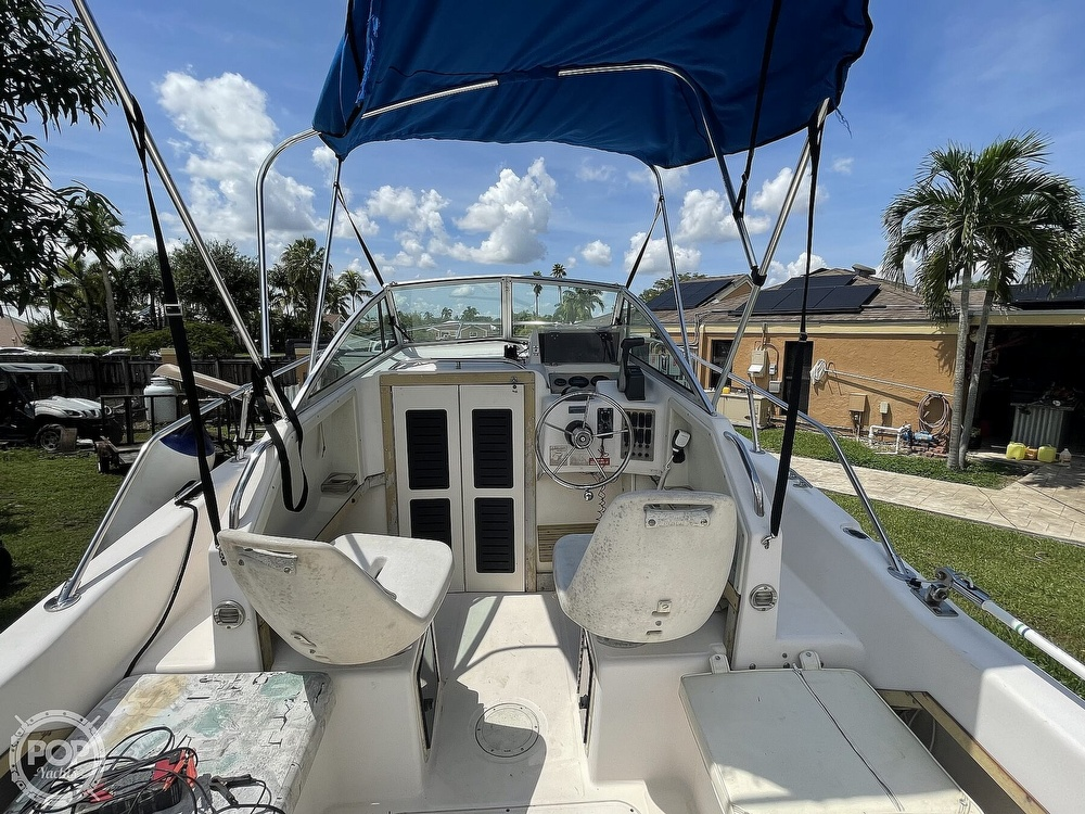 1995 Grady-White boat for sale, model of the boat is Adventure 20 & Image # 2 of 40