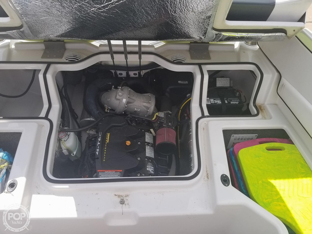 2014 Scarab boat for sale, model of the boat is 195 HO Impulse & Image # 31 of 40