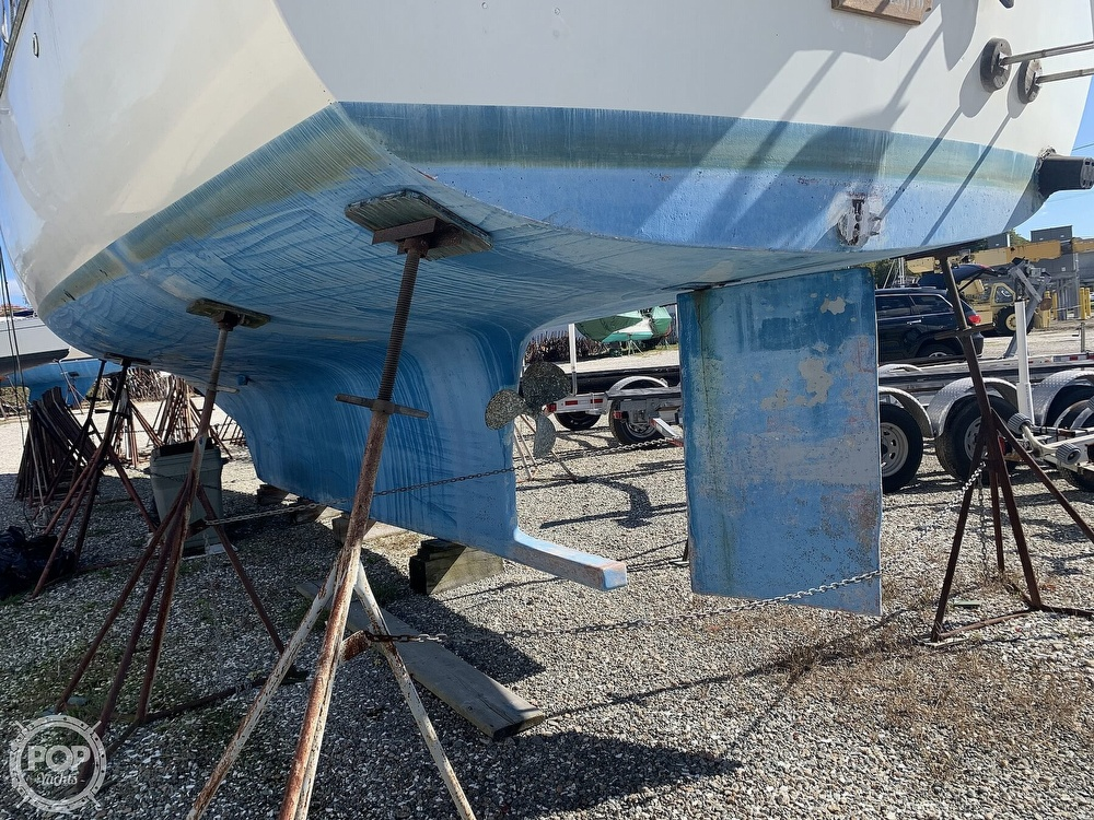 1972 Gulfstar boat for sale, model of the boat is 44 & Image # 15 of 40