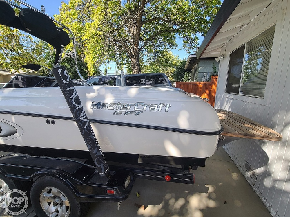 2002 Mastercraft boat for sale, model of the boat is x-30 & Image # 17 of 40