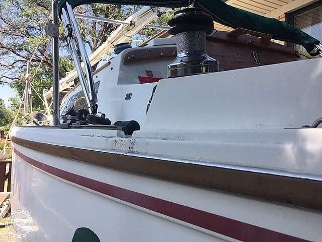 1988 Catalina Yachts boat for sale, model of the boat is 25 & Image # 36 of 40