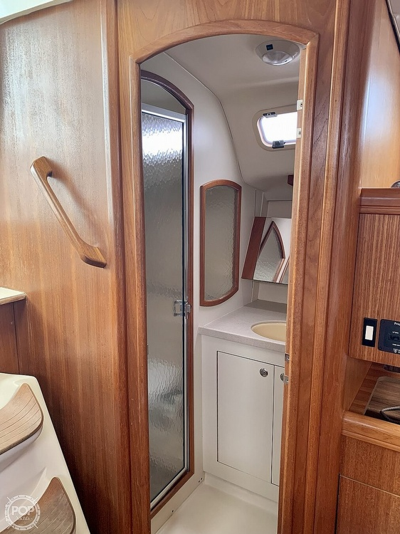 2003 Hunter boat for sale, model of the boat is 356 & Image # 9 of 40