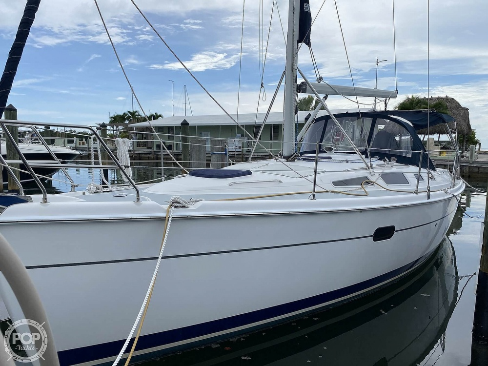 2003 Hunter boat for sale, model of the boat is 356 & Image # 26 of 40