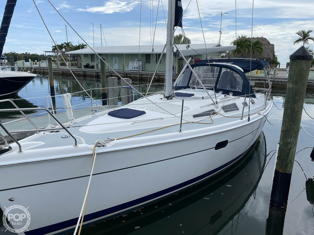 2003 Hunter boat for sale, model of the boat is 356 & Image # 27 of 40