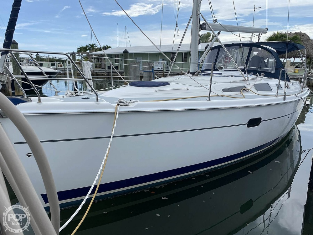2003 Hunter boat for sale, model of the boat is 356 & Image # 29 of 40