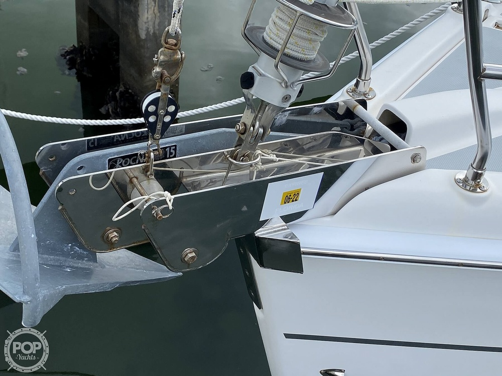 2003 Hunter boat for sale, model of the boat is 356 & Image # 32 of 40