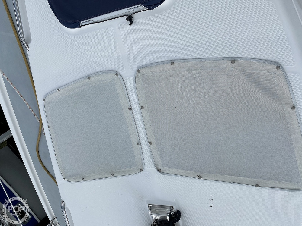 2003 Hunter boat for sale, model of the boat is 356 & Image # 34 of 40