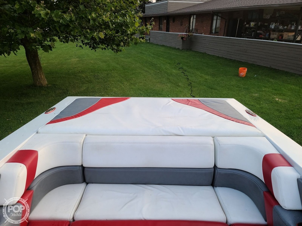 1988 Baja boat for sale, model of the boat is 230 Force & Image # 6 of 40