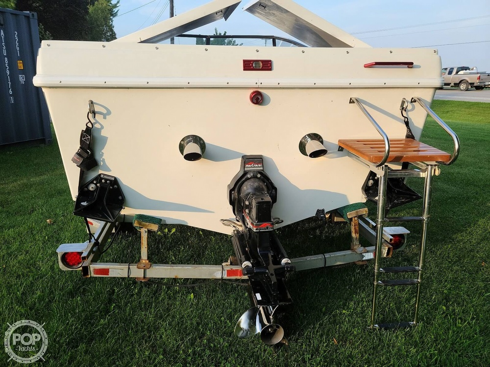 1988 Baja boat for sale, model of the boat is 230 Force & Image # 7 of 40