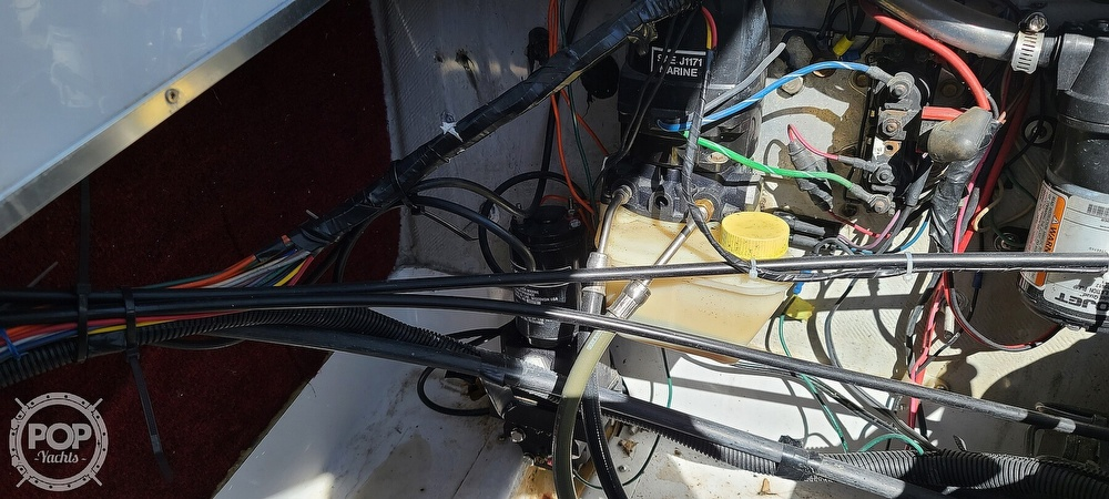 1988 Baja boat for sale, model of the boat is 230 Force & Image # 27 of 40
