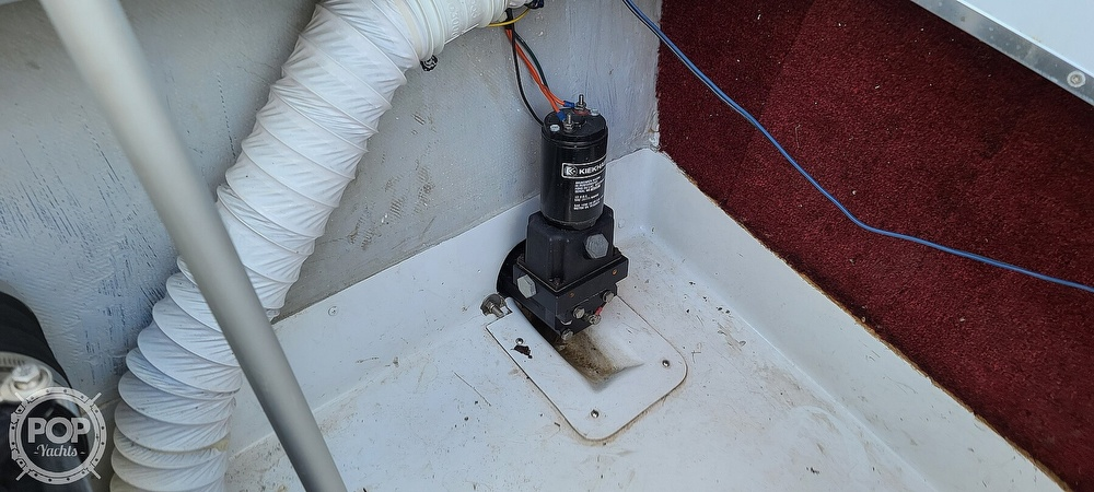 1988 Baja boat for sale, model of the boat is 230 Force & Image # 39 of 40
