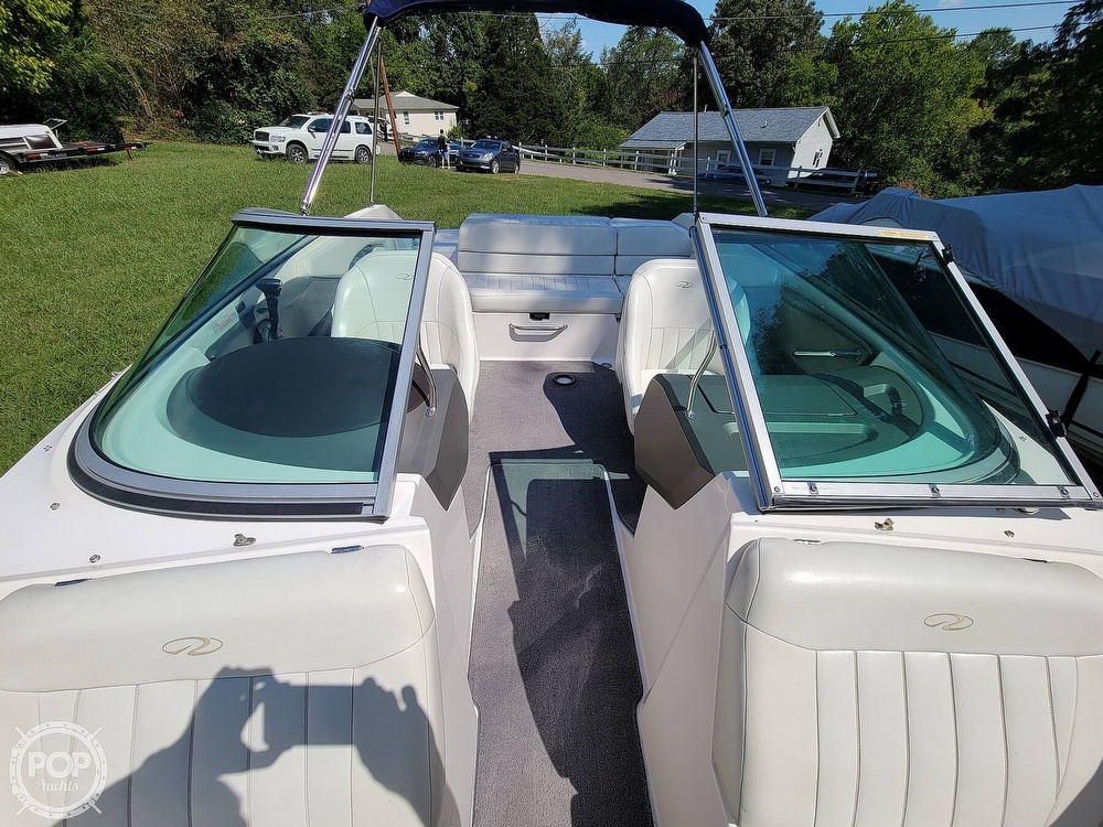 2004 Regal boat for sale, model of the boat is 2000 & Image # 5 of 40