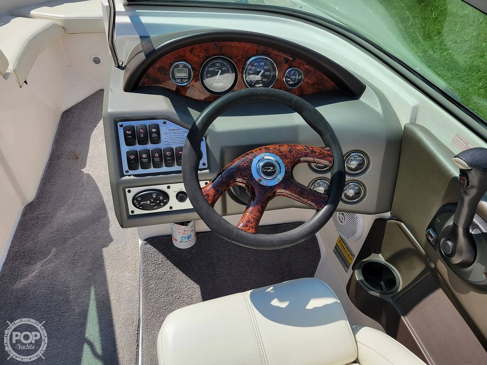 2004 Regal boat for sale, model of the boat is 2000 & Image # 19 of 40
