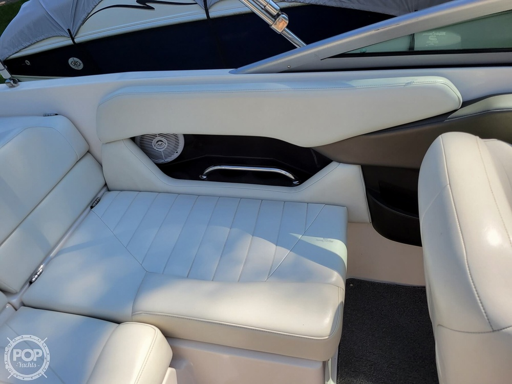 2004 Regal boat for sale, model of the boat is 2000 & Image # 29 of 40
