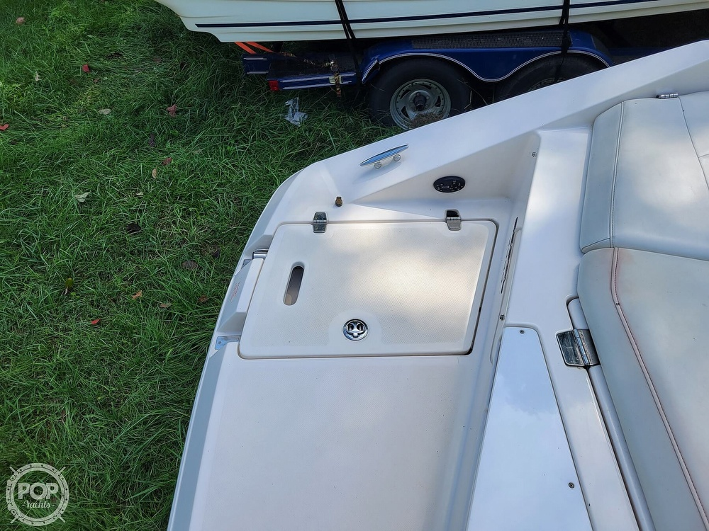 2004 Regal boat for sale, model of the boat is 2000 & Image # 38 of 40