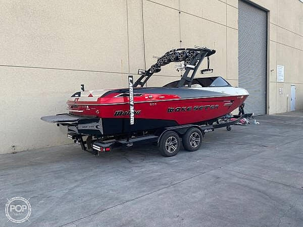 2015 Malibu boat for sale, model of the boat is Wakesetter 23 LSV & Image # 4 of 40