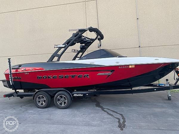 2015 Malibu boat for sale, model of the boat is Wakesetter 23 LSV & Image # 2 of 40