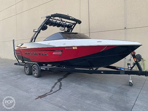2015 Malibu boat for sale, model of the boat is Wakesetter 23 LSV & Image # 3 of 40