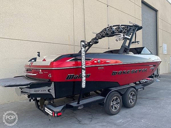 2015 Malibu boat for sale, model of the boat is Wakesetter 23 LSV & Image # 6 of 40